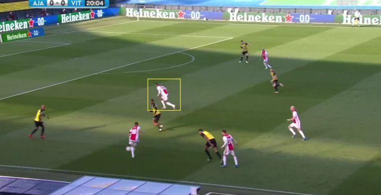 Hallers gebrek aan pure snelheid kost Ajax een kans. Beeld screenshot ESPN
