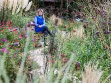 Marieke Vos heeft de mooiste voortuin van Den Haag: 'Mooi en natuurvriendelijk gaan heel goed samen'