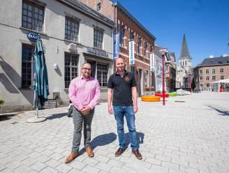 """Iconisch café Malpertuus heeft nieuwe uitbaters: """"Beroemde kroonluchter laten we hangen"""""""