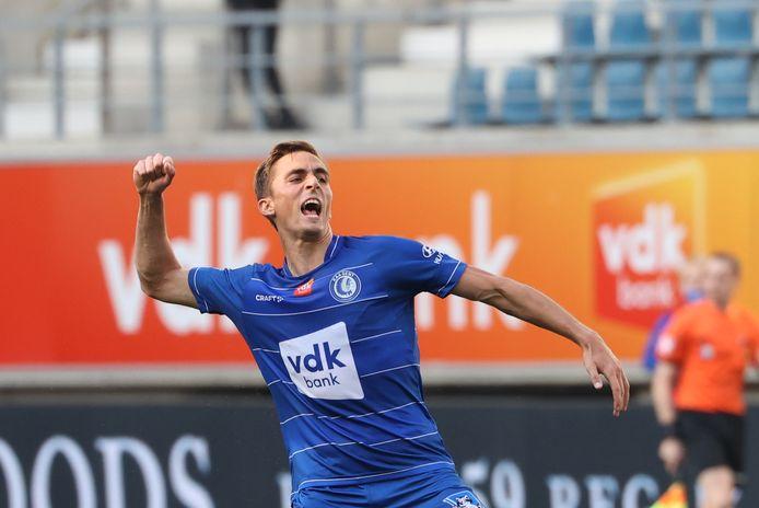 Julien De Sart viert de gelijkmaker tegen Cercle Brugge.