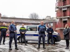 Zoetermeerse handhaver Roel draagt nu een wapenstok: 'Het geeft een veiliger gevoel'