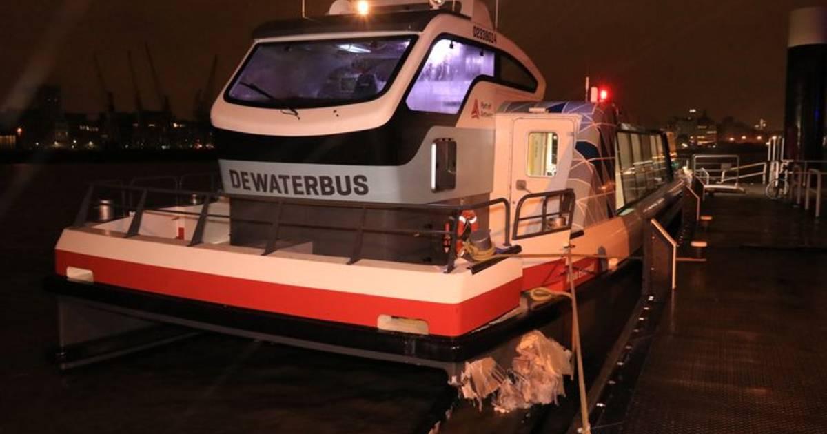 18 gewonden bij ongeluk met waterbus Antwerpen.