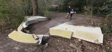 Heilig Landstichting 'onthutst': poortje bij Cenakelkerk omver gereden