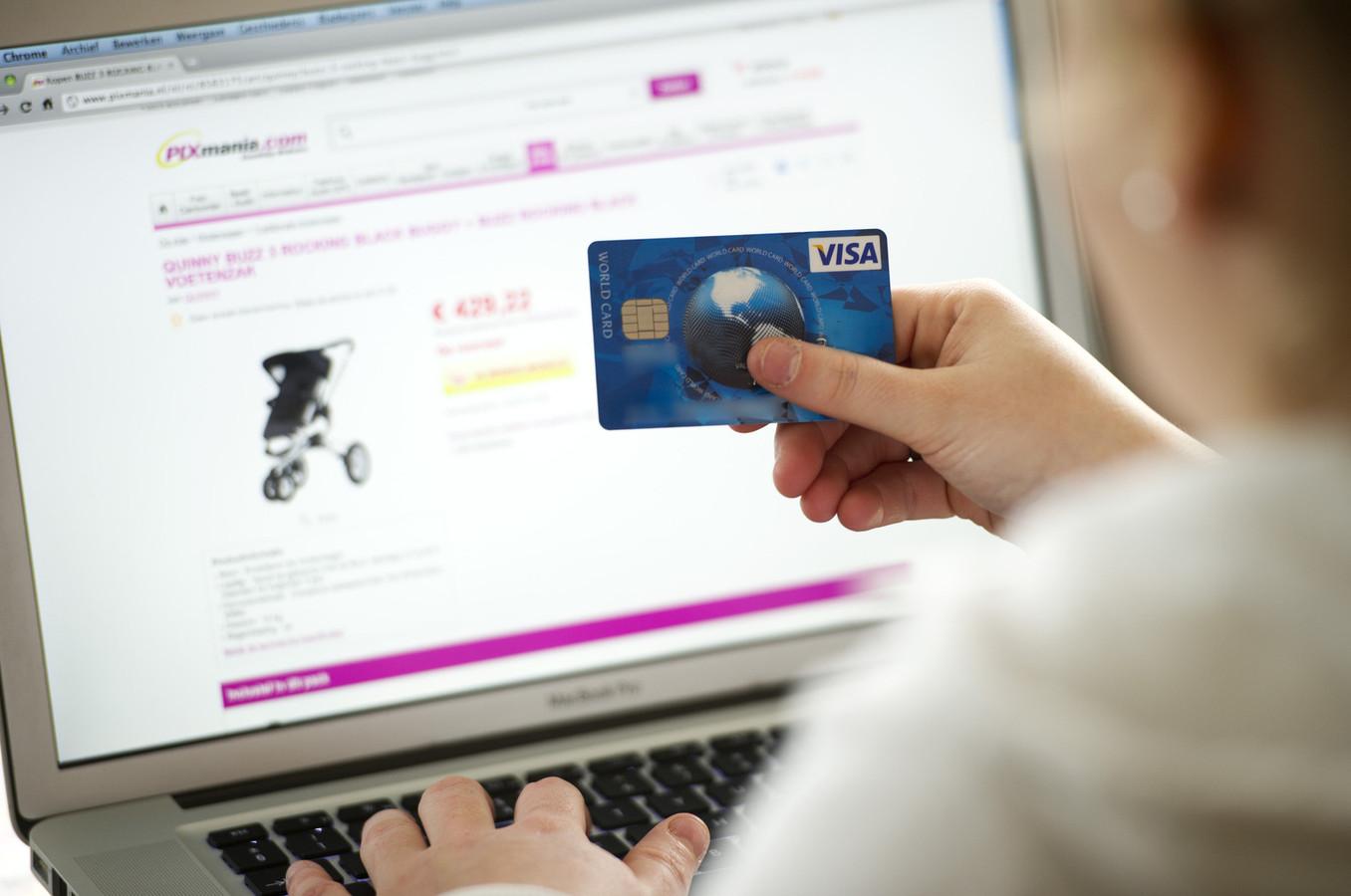 Er wordt steeds minder aangifte van online oplichting gedaan.