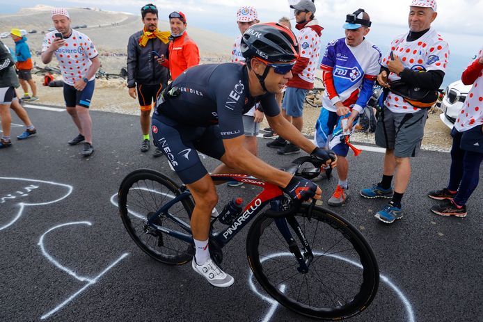 Richie Porte beklimt de Mont Ventoux.