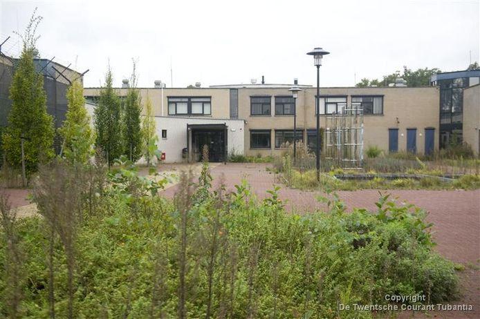 Huize Alexandra wordt gereed gemaakt voor bewoning door vluchtelingen.