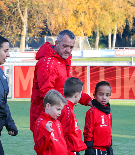 Daan (6) wilde dood, maar lacht weer dankzij het speciale voetbalteam van Anton uit Veldhoven