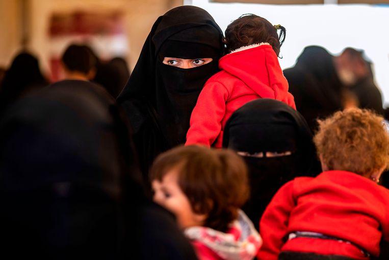 Syrische vrouwen en kinderen. Beeld AFP