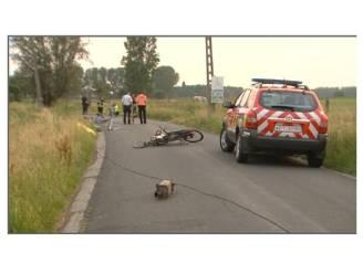 Drie fietsers in levensgevaar na aanrijding met vluchtmisdrijf