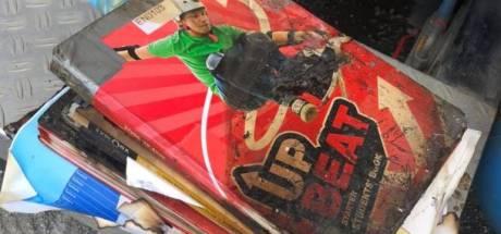 Brandweer Krabbendijke rukt uit voor brandende schoolboeken