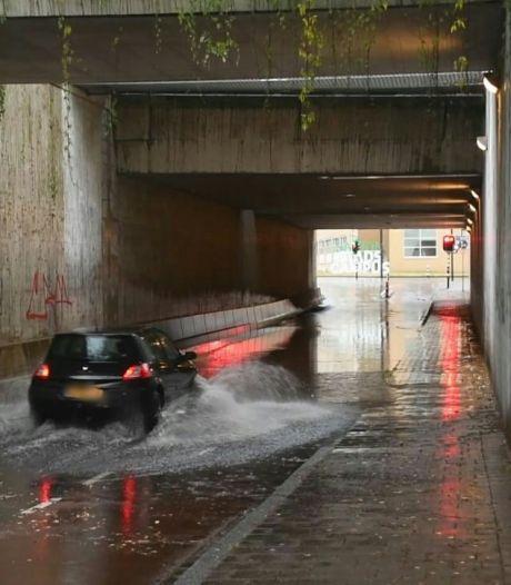 Prinsessetunnel in Enschede staat blank, Borne geschrokken door blikseminslag