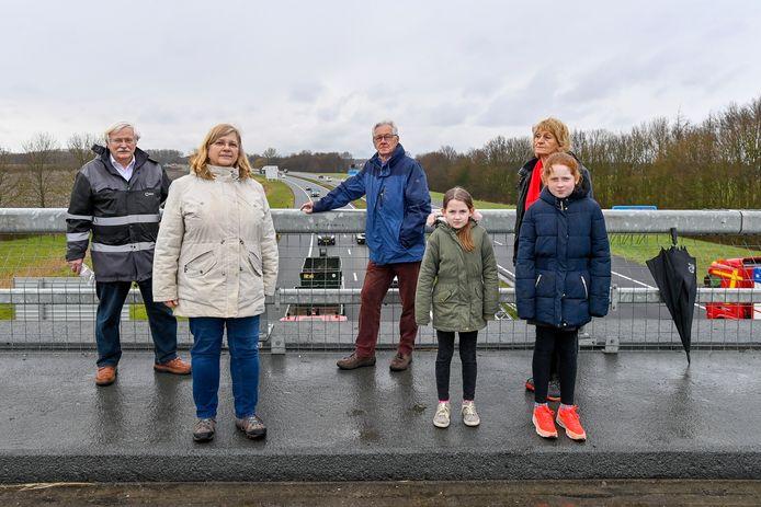 20210316 - HELWIJK - FOTO: Pix4Profs/Peter Braakmann - Tot verdriet van werkgroep werkgroep Leerbaarheid Helwijk/Willemstad komt er bij Helwijk geen geluidswal om kabaal van de A4/A29 in te dammen.