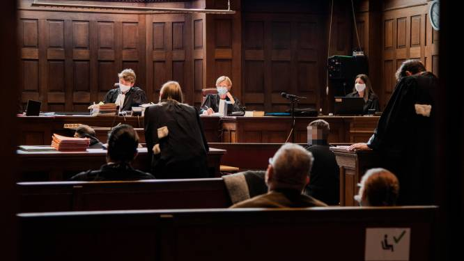 """Vier mannen vrijgesproken in tien jaar oude moordzaak: """"Speurders hebben te veel druk gezet op zwakbegaafde verdachte"""""""