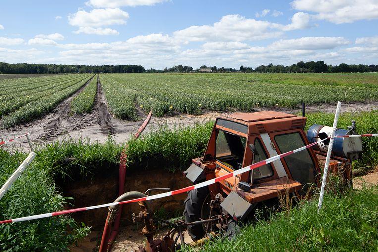 Landbouw niet ver van een natuurgebied in de Drentse gemeente Westerveld. Mogelijk moeten boeren voor het gebruik van pesticiden in de buurt van beschermde natuur voortaan altijd een vergunning aanvragen.  Beeld  Harry Cock / de Volkskrant