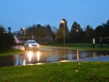 Eén gesprongen waterleiding legt Lelystad lam; zijn 'we' zo kwetsbaar geworden?