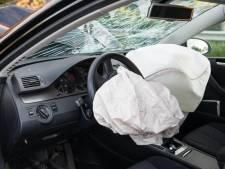 BMW roept auto's terug wegens spontaan ontploffende airbags