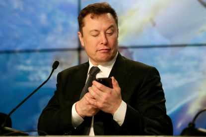 Tesla voor het eerst meer dan 100 miljard dollar waard op beurs