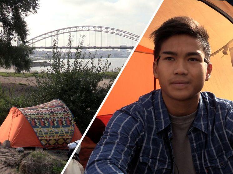 Dakloze Tawan slaapt in z'n tentje langs de Waal, hij leeft al 1,5 jaar op straat