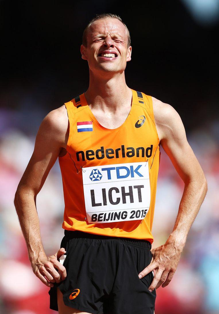 Dennis Licht na zijn nederlaag Beeld epa