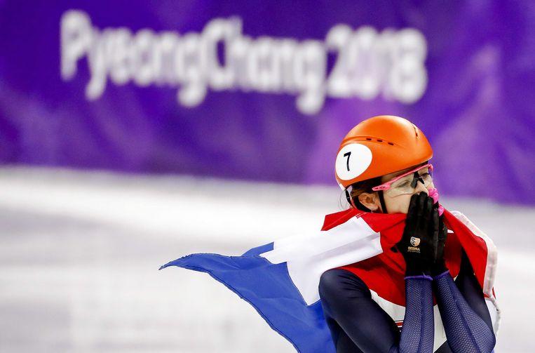 Suzanne Schulting na de finale 1000 meter shorttrack. Beeld ANP