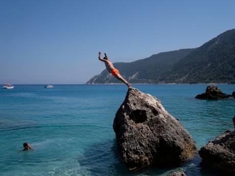 La Grèce rouvrira ses portes aux touristes le 14 mai