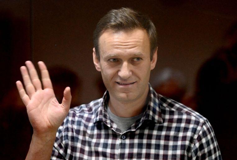 Oppositieleider Aleksej Navalny bij een hoorzitting op 20 februari in een rechtbank in Moskou.  Beeld AFP