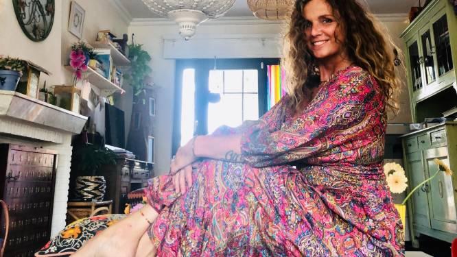 """Petra Lerutte, de voormalige zangeres van Sha-Na, is uitvaartplanner: """"Dit is een heel dankbare job"""""""