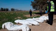 Terwijl laatste bolwerk Kalifaat wankelt: gigantisch massagraf ontdekt in Raqqa