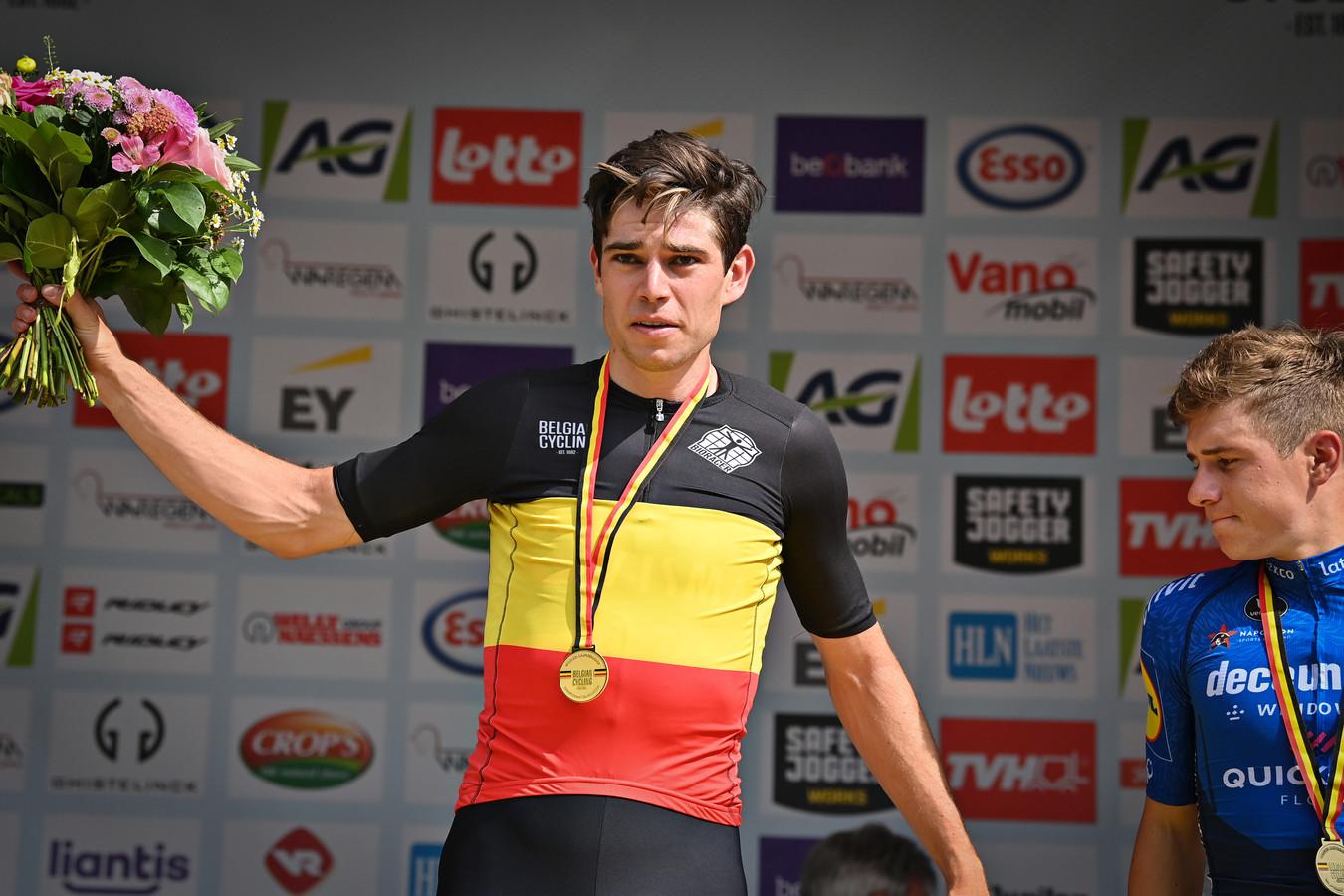 Belgisch kampioen Wout Van Aert, rechts Remco Evenepoel.