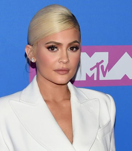 Miljardair Kylie Jenner (22) is shopverslaafd: 'Ik heb een probleem'