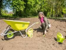 Beatrixschool Nieuwegein krijgt kindermoestuin en wilde bloemen