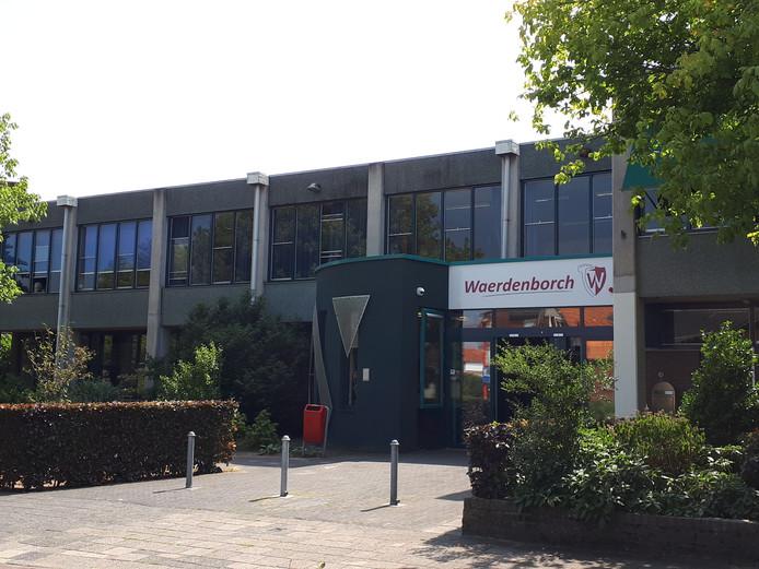 De Waerdenborch in Holten.