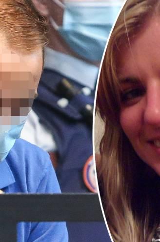 """ASSISEN. Beschuldigde geeft """"vreemde"""" versie van de feiten in assisenproces Sofie Muylle: """"Ik trok haar slip weer op, maakte foto's en ben weggegaan"""""""