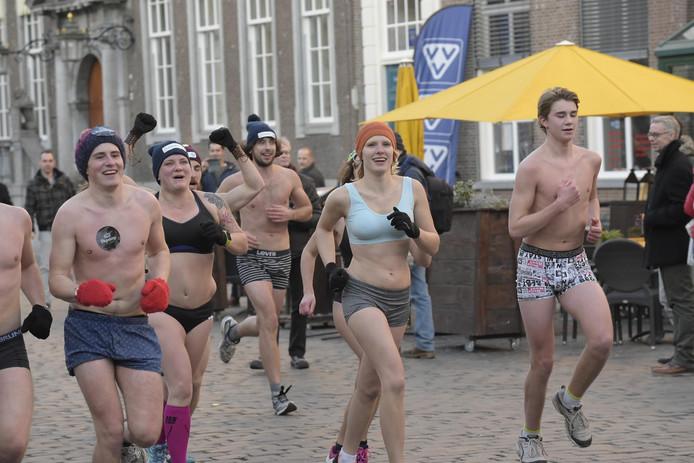 Met vrieskou rennen door Breda.