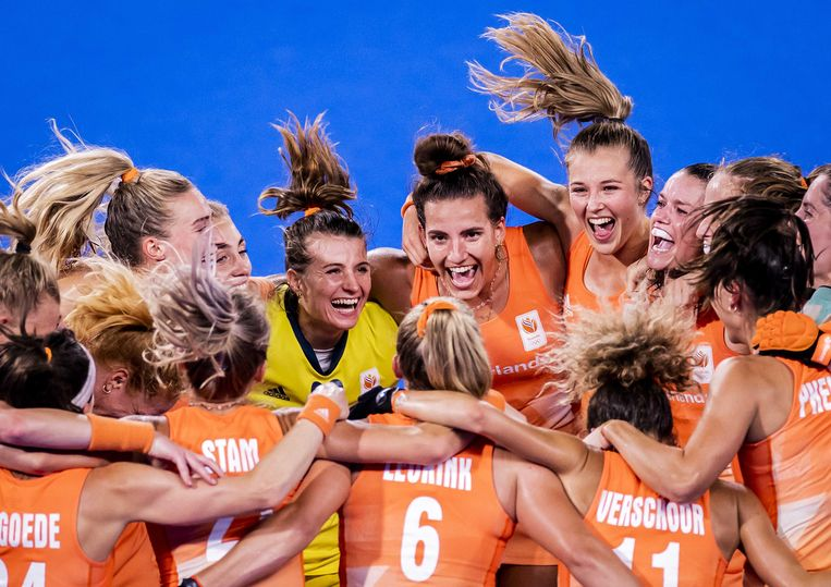 Intense vreugde in het Oranje-kamp na de zege in de finale op Argentinië. Beeld ANP / Robin van Lonkhuijsen