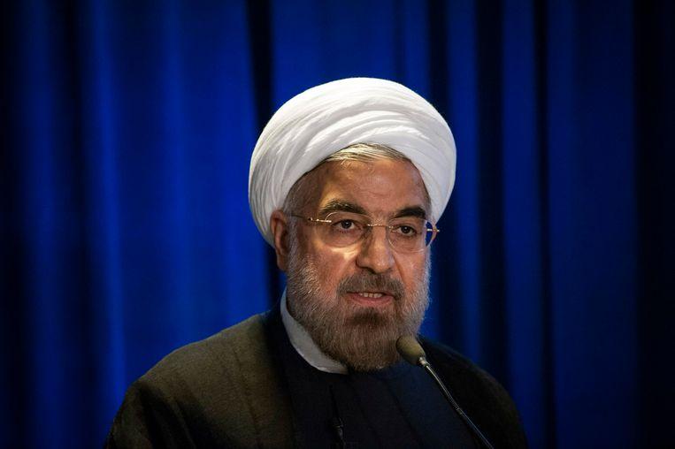 De Iraanse president Hassan Rohani heeft gezegd geweld tegen vrouwen strenger te willen straffen.  Beeld Reuters