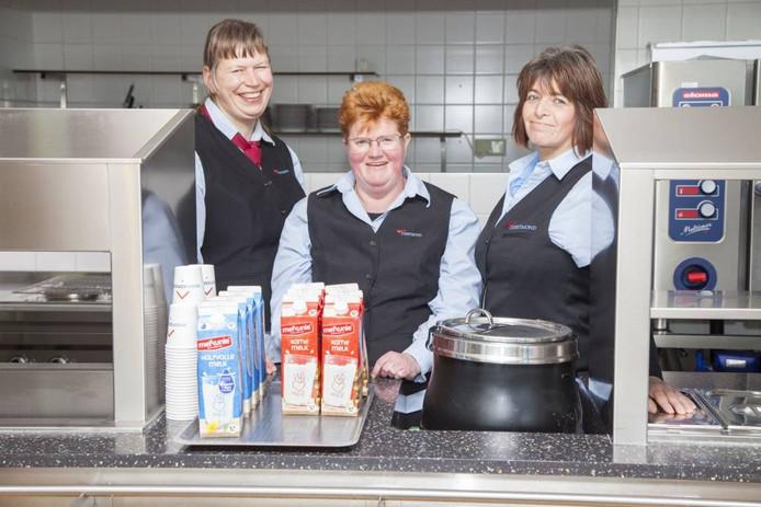 Medewerkers van sociale werkvoorziening Reestmond gaan vanaf donderdag in de catering bij woningcorporatie Woonconcept.