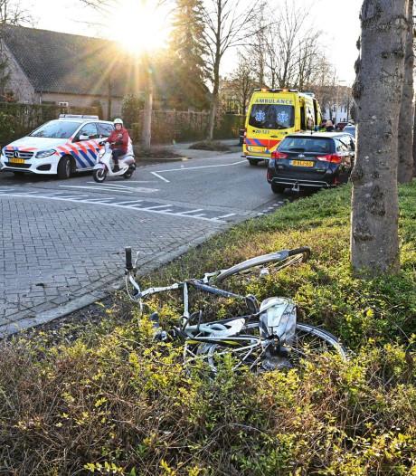 Fietser lichtgewond na aanrijding in Etten-Leur