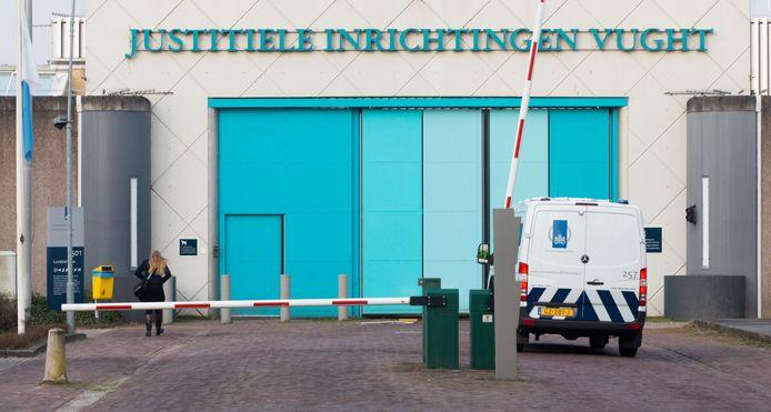 De Penitentiaire Inrichting (PI) Vught met de speciale afdeling 'extra beveiligde inrichting' (EBI).