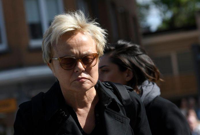 Muriel Robin aux funérailles de la chanteuse Maurane en mai 2018.