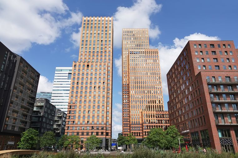 De Symphonytorens met kantoren van onder andere APG. Beeld Hollandse Hoogte