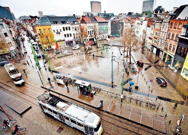 Het Pieter De Coninckplein in Antwerpen. Luc Coorevits van Behoud de Begeerte stelt voor het plein naar de dichter Herman de Coninck te vernoemen. Beeld Jonas Lampens
