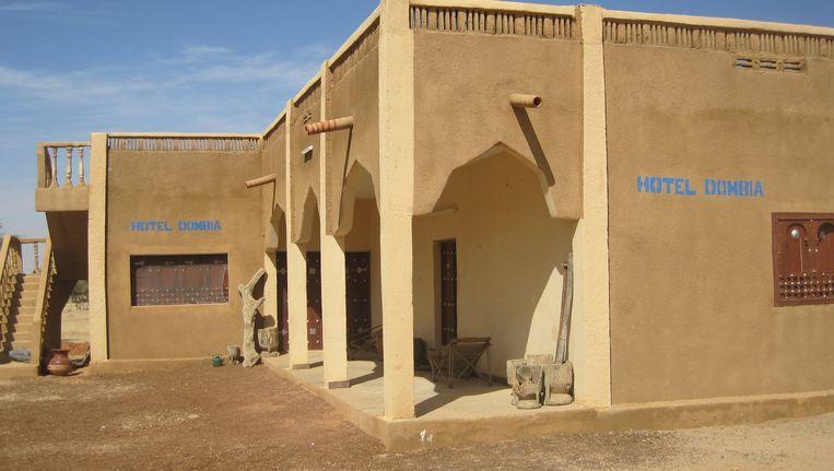 Het Dombia hotel in Hombori, Mali, waar vorige week twee Fransen ontvoerd werden. Beeld AFP
