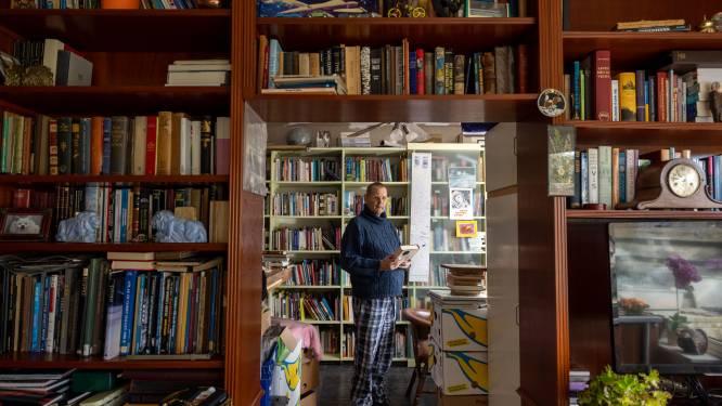 Veel belangstelling voor boekencollectie van ongeneeslijke zieke Emmeloorder: 'Ik ben er hartstikke druk mee'