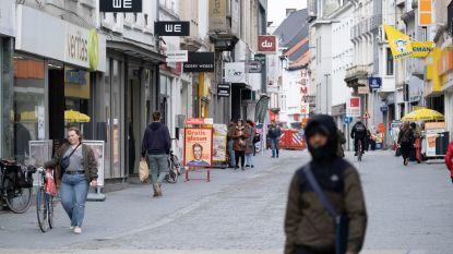 """Stad weert lijnbussen uit smalle Antwerpsestraat bij heropening winkels: """"Shoppers voldoende ruimte geven voor social distancing"""""""