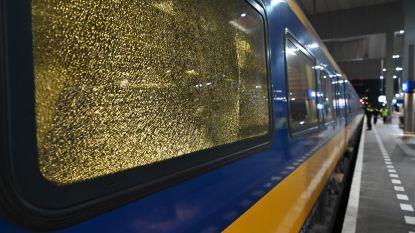 Twee Nederlandse treinen mogelijk beschoten tussen Tilburg en Breda, meerdere ramen gebarsten