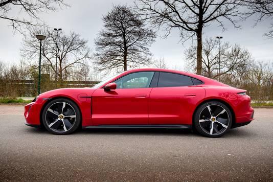 De duurste: een Porsche Taycan, vanaf 110.700 euro.