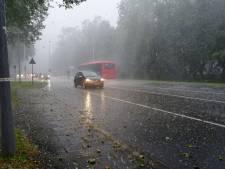 Noodweer met hagelstenen als poffertjes in westen en zuiden, noorden maakt ook kans op noodweer