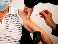 GGD roept 73- en 74- jarigen op: wacht niet op brief, maak online al prikafspraak