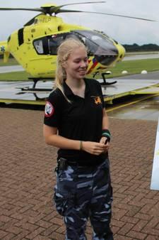Mariska (19) fietst van Almelo naar Volkel en haalt 800 euro op voor kankeronderzoek